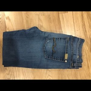 7 for all Mankind ankle length skinny jean 29